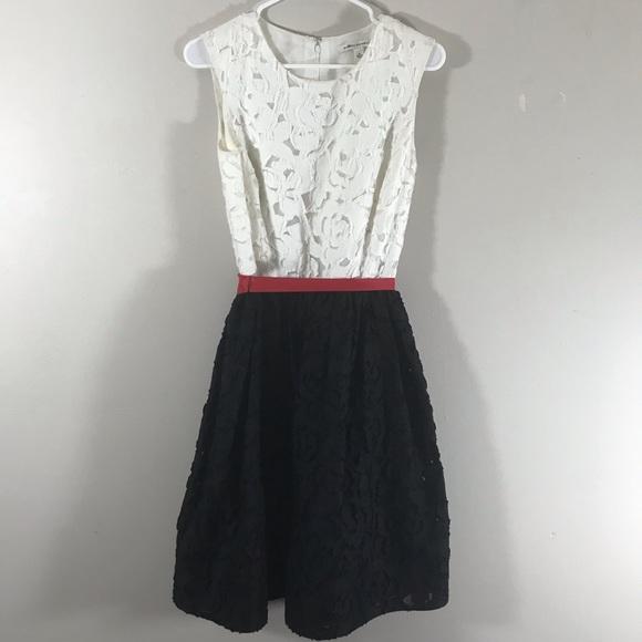Banana Republic Dresses & Skirts - Banana Republic white lace black red bow dress